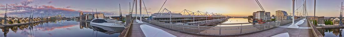 P4C57  Royal Victoria Dock, Docklands, London, UK