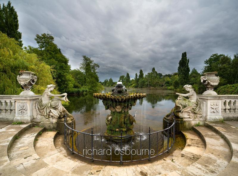 Richard osbourne photography london v4c13 italian for Kensington park